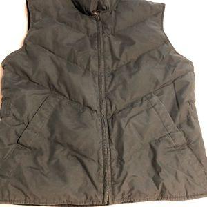 Comfort zip up vest with bottom up